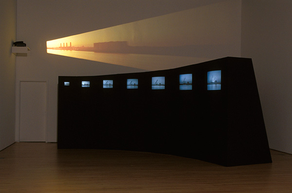 Mary Lucier, Dawn Burn, 1975. Installation view the Columbus Museum of Art, 2017 Courtesy the artist, the Columbus Museum of Art and the San Francisco Museum of Modern Art