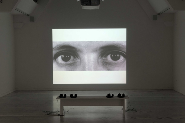 Zineb Sedira, Silent Sight, 2000. Video projection, 11 minutes, 10 seconds, black and white, sound© the artist/DACS, London and courtesy kamel mennour, Paris/London