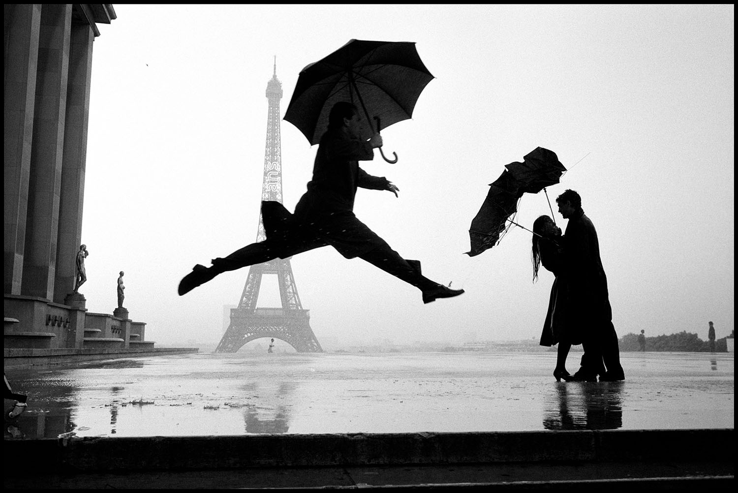 Elliott Erwitt, Paris, France